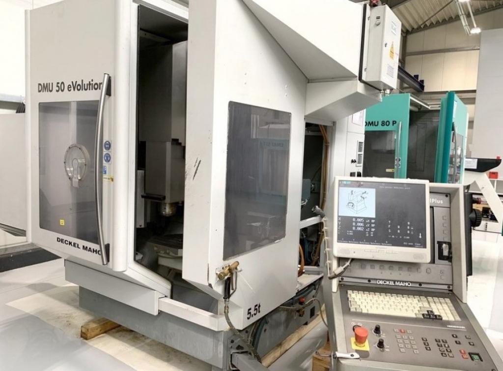 Centro di lavoro a 5 assi DECKEL MAHO DMU 50 eVolution - Foto integrale macchina