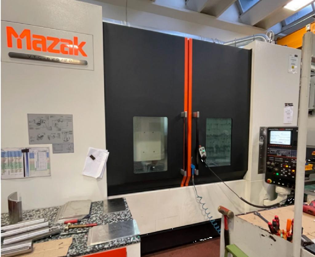 Centro di lavoro Mazak VTC 820/20 - Full machine photo