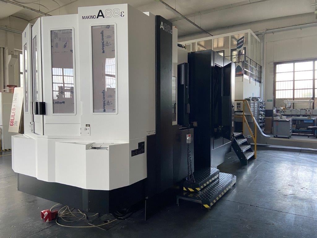 Centro di lavoro orizzontale Makino A88 - Foto integrale macchina