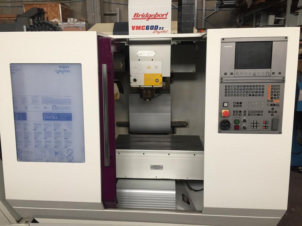 Centro Di Lavoro Verticale Bridgport Revisionato VMC 600 - 22 Digital