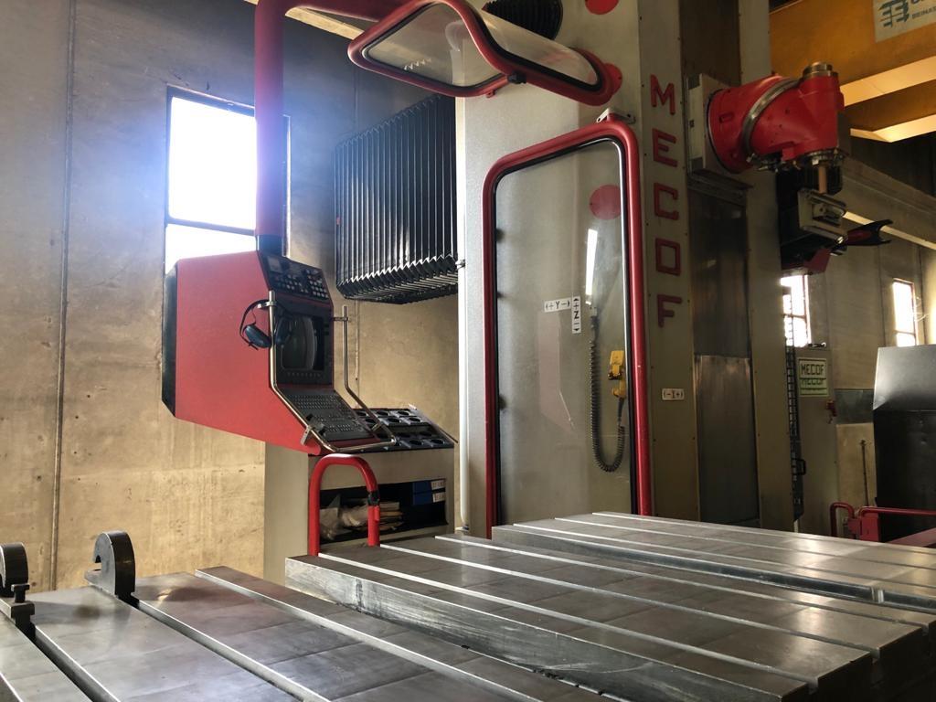 Fresatrice MECOF AGILE CS 500 - Foto integrale macchina