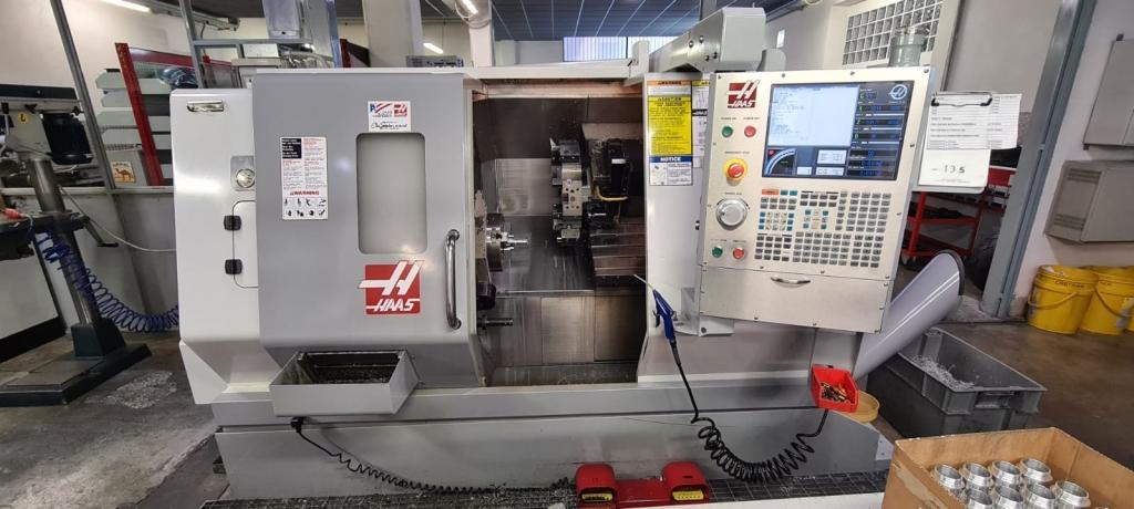 Tornio motorizzato Haas SL 20TBHE - Foto integrale macchina