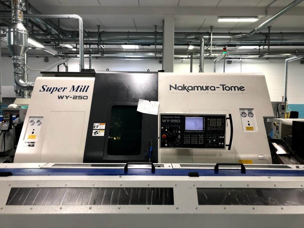 Tornio Nakamura Super Mill WY 250 - Foto integrale macchina